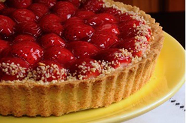 Receita de hoje: Torta de Morango - Organics News Brasil