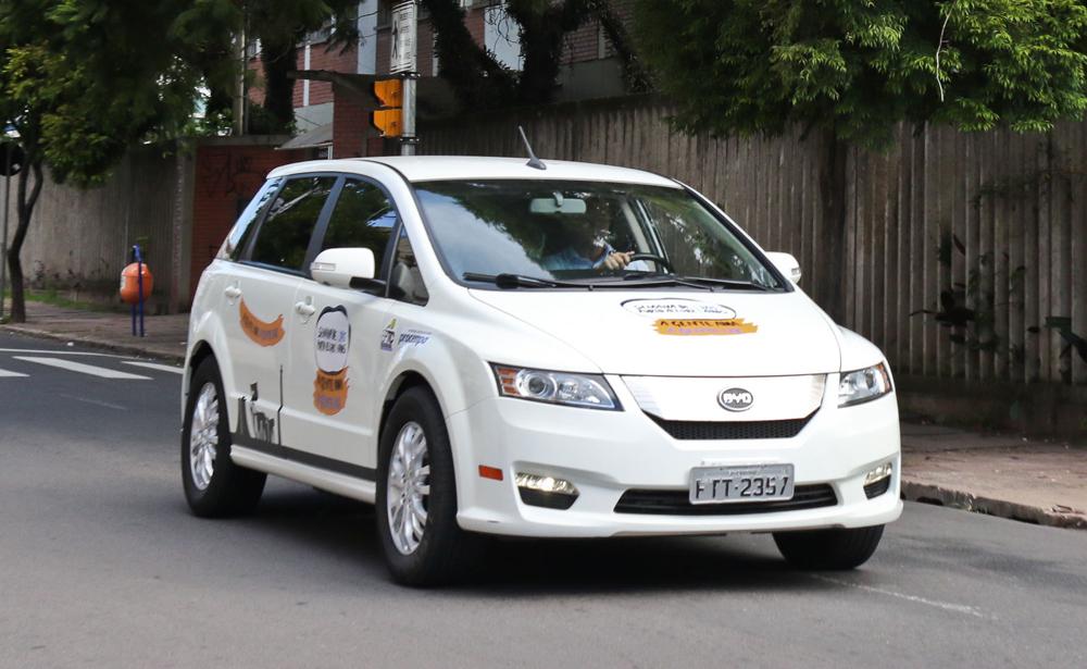 automóveis em Fernando de Noronha Cruze